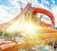 Going to the Amusement Park This Summer? Three Reasons to Use a Locker