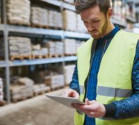 4 Surprising Reasons to Use Intelligent Lockers in Your Warehouse